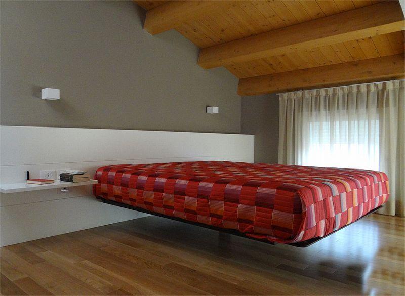 La casa su due livelli il legno in chiave moderna for Casa a due livelli